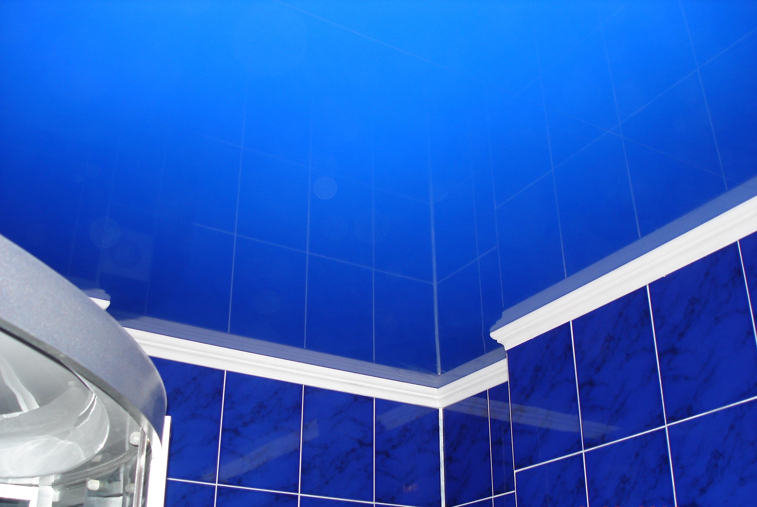 Фото и картинки на потолок ванная