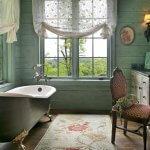 Freestanding tub in small bathroom