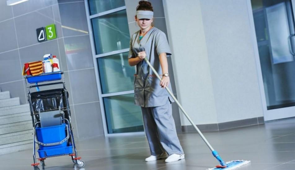 """Закажите профессиональную уборку помещения в компании """"Чисто Сервис"""""""
