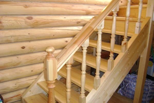 Расчет и изготовление деревянной лестницы