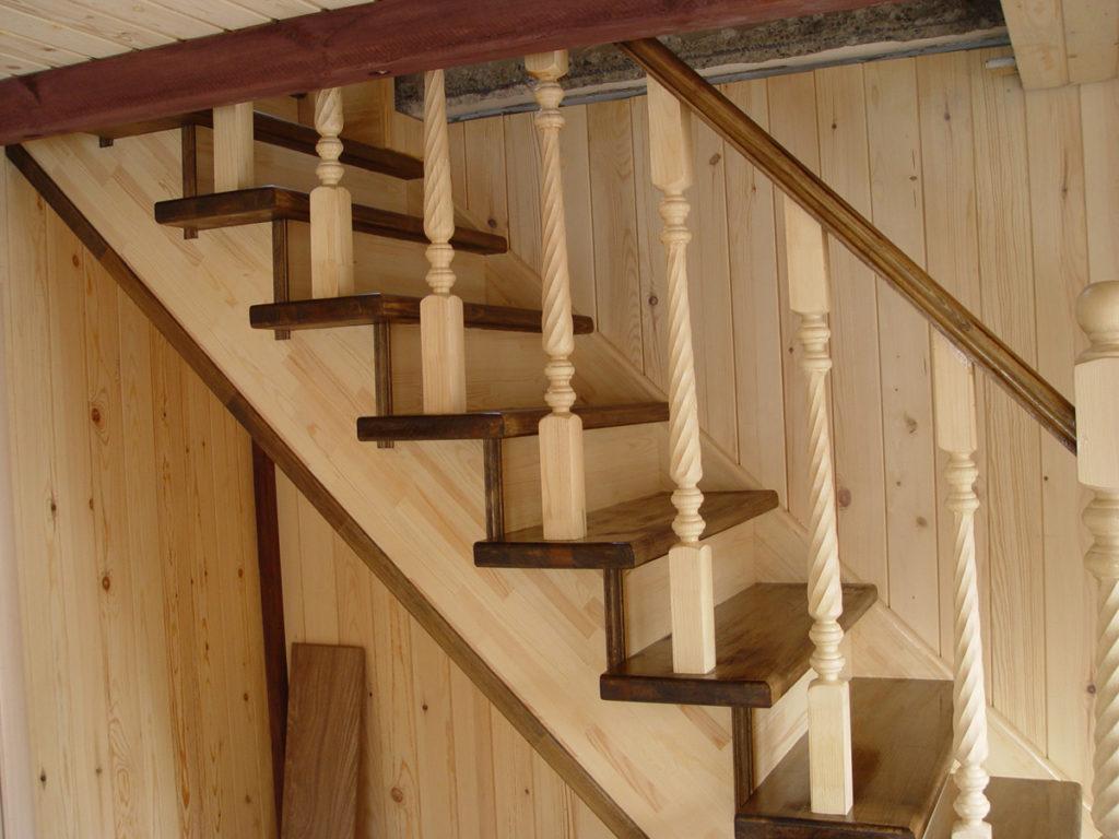 Росферрум – изготовление и монтаж качественных деревянных лестниц