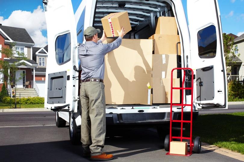 Как выбрать компанию для перевозки личных вещей и мебели