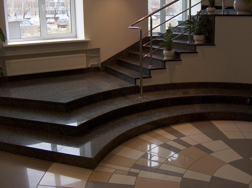 Лестницы из гранита – отличное соотношение цены и качества