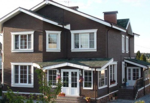 Чем привлекательны металлопластиковые окна для загородных домов